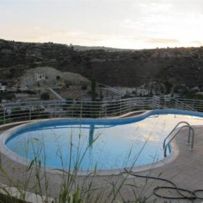 For Sale – 4 bedroom whole-floor apartment in Germasogeia, Limassol