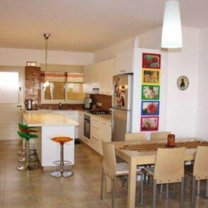 For Sale – 3 bedroom apartment in Agios Athanasios, Limassol