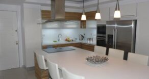 2 bedroom penthouse apartment in Yermasoyia Village