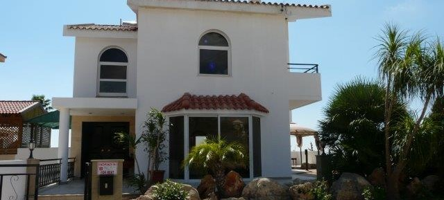 3 bedroom detached house in Ayios Athanasios