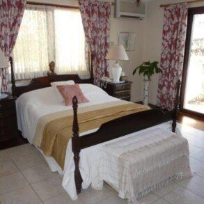 For Sale – 5 bedroom detached hilltop cottage in Parekklisia, Limassol