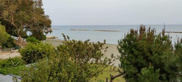 1 bedroom apartment on the beach near Poseidonia
