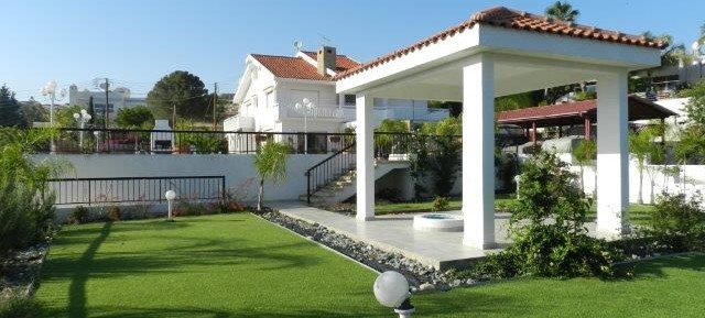 5 bedroom detached house in Ayios Tychonas