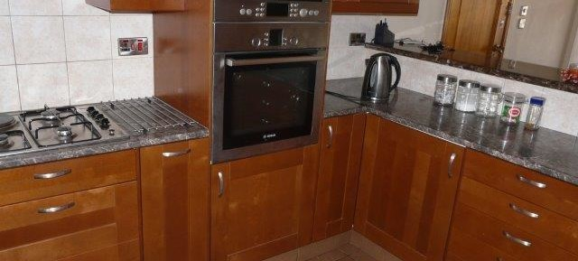2 bedroom modernised apartment in Neapolis