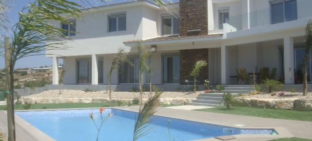 5 bedroom detached house in Spitali