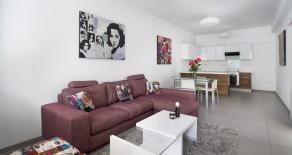 2 bedroom tasteful apartment in Molos