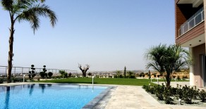6 bedroom detached house in Ayios Tychonas