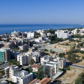 For Sale – 3 bedroom entire floor apartment in Potamos Germasogeia, Limassol
