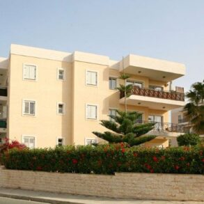 For Sale – 2 bedroom apartment in Pyrgos seafront, Limassol