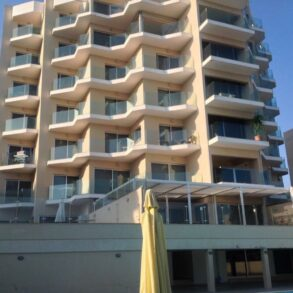 For Sale – 2 bedroom modern apartment on the beach in Amathus, Limassol