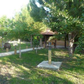 For Rent - 4 bedroom detached bungalow in Parekklisia, Limassol