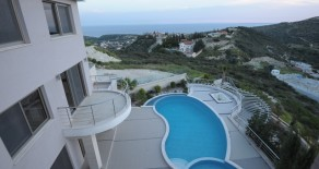 5 bedroom villa in Ayios Tychonas
