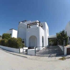 For Sale – 4 bedroom detached house in Agios Tychonas, Limassol