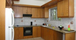 3 bedroom first floor house in Tsirion Dimotiko
