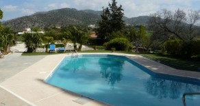5 bedroom traditional stone house in Finikaria