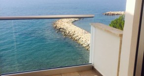 3 bedroom apartment directly on the beach in Potamos Yermasoyia