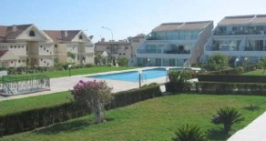 2 bedroom apartment in a gated complex in Amathus
