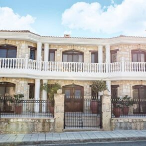 For Sale - Luxury classic 6 bedroom detached villa in Agia Fyla, Limassol