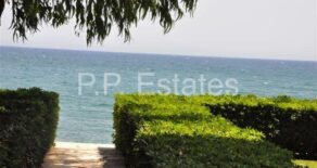 2 bedroom apartment on the beach in Potamos Yermasoyia