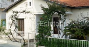 For Rent – 3 bedroom traditional detached house in Neapolis, Limassol