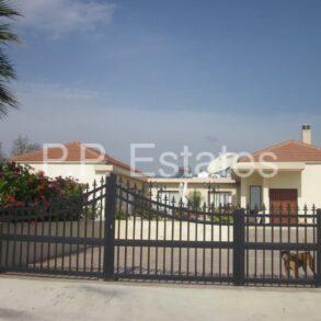 For Sale - Pyrgos– 4 bedroom detached bungalow