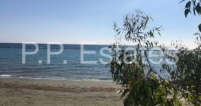On the beach – 3 bedroom fully renovated apt in Potamos Yermasoyia