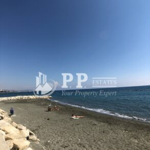 3 bedroom apartment on the beach in Potamos Yermasoyia