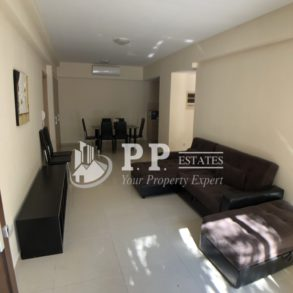 modern 2 bedroom ground floor apartment in gated complex