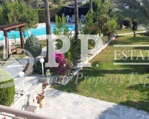 6 bedroom detached house in Pyrgos, Limassol