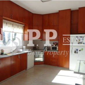 For Sale - 4 bedroom semi-detached house in Laiki Lefkothea, Limassol