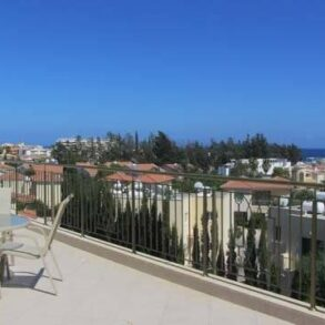 For Rent - 3 bedroom penthouse apartment in gated complex, Potamos Germasogeia, Limassol