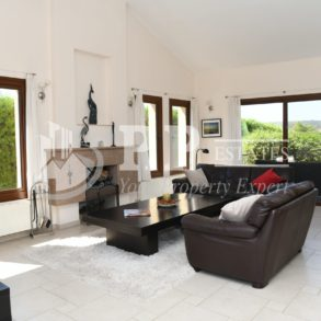 For Sale - Beautiful 5 bedroom detached house in Parekklisia, Limassol