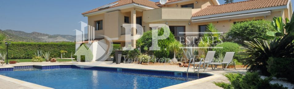 For Sale – Beautiful 5 bedroom detached house in Parekklisia, Limassol