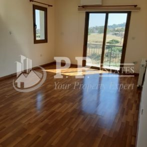 For Rent - 4/5 bedroom detached house in Parekklisia, Limassol