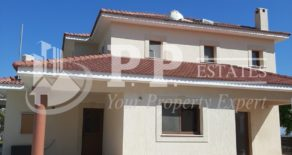For Rent – 4/5 bedroom detached house in Parekklisia, Limassol