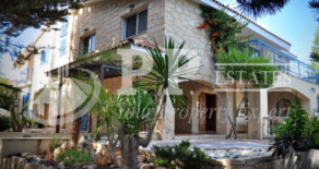 For Rent – 9 bedroom fully furnished detached villa in Kolossi, Limassol