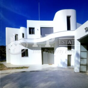 For Sale - 5 bedroom detached house near the sea in Parekklisia, Limassol