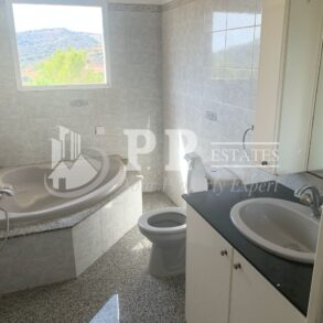 For Rent - 3 bedroom + maid's room detached house in Parekklisia, Limassol