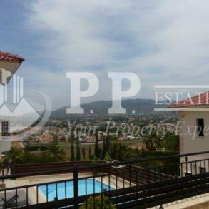 For Rent - 4 bedroom detached house in Parekklisia, Limassol