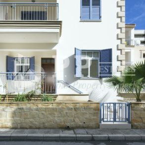 For Rent - Lovely 2 bedroom furnished apartment in Molos, Limassol