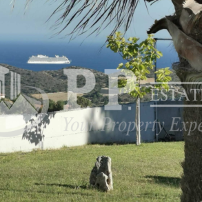 For Rent - 5 bedroom detached house with panoramic view in Parekklisia, Limassol